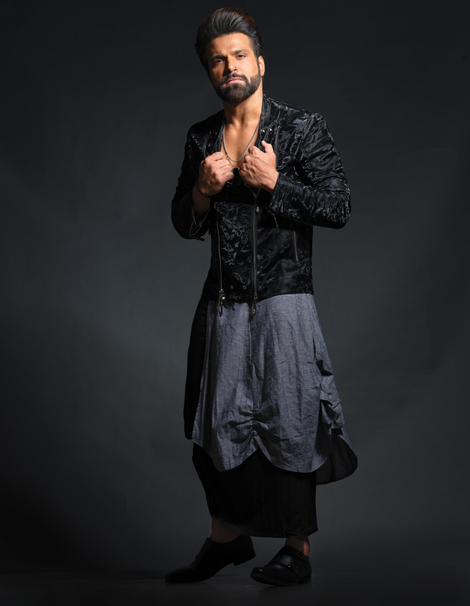 rithvik dhanjani black pathani suit