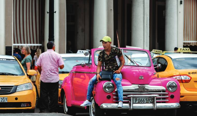 With no new American cars or parts, the Cuban population had to make do with what parts and vehicles they already had, mainly 1940s and 50s era classics.