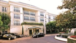 Live the rich lifestyle: The Peninsula Beverly Hills is a paradise in the City of Angels.