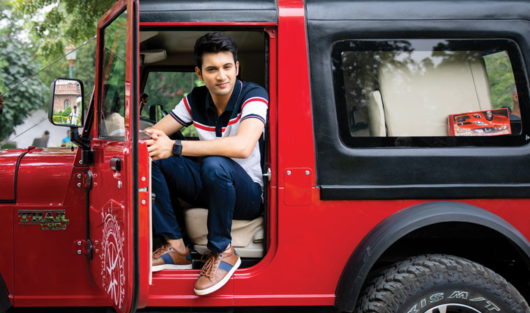 rohit saraf red jeep