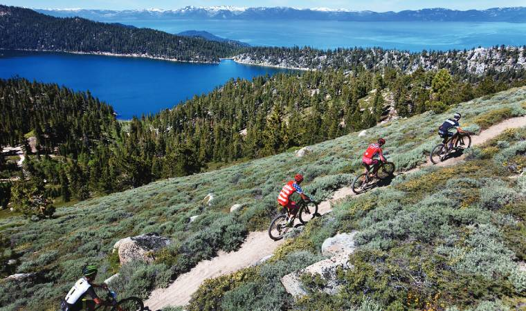 In addition to the downhill trail, you can also take up the cross-country challenge and experience the thrills that cycling legend Brent Thomson envisioned.