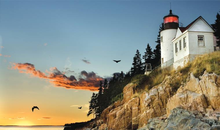 The whitewashed lighthouses that dot its coastline, like the one at Bass Harbour Head, make Maine a year-round attraction